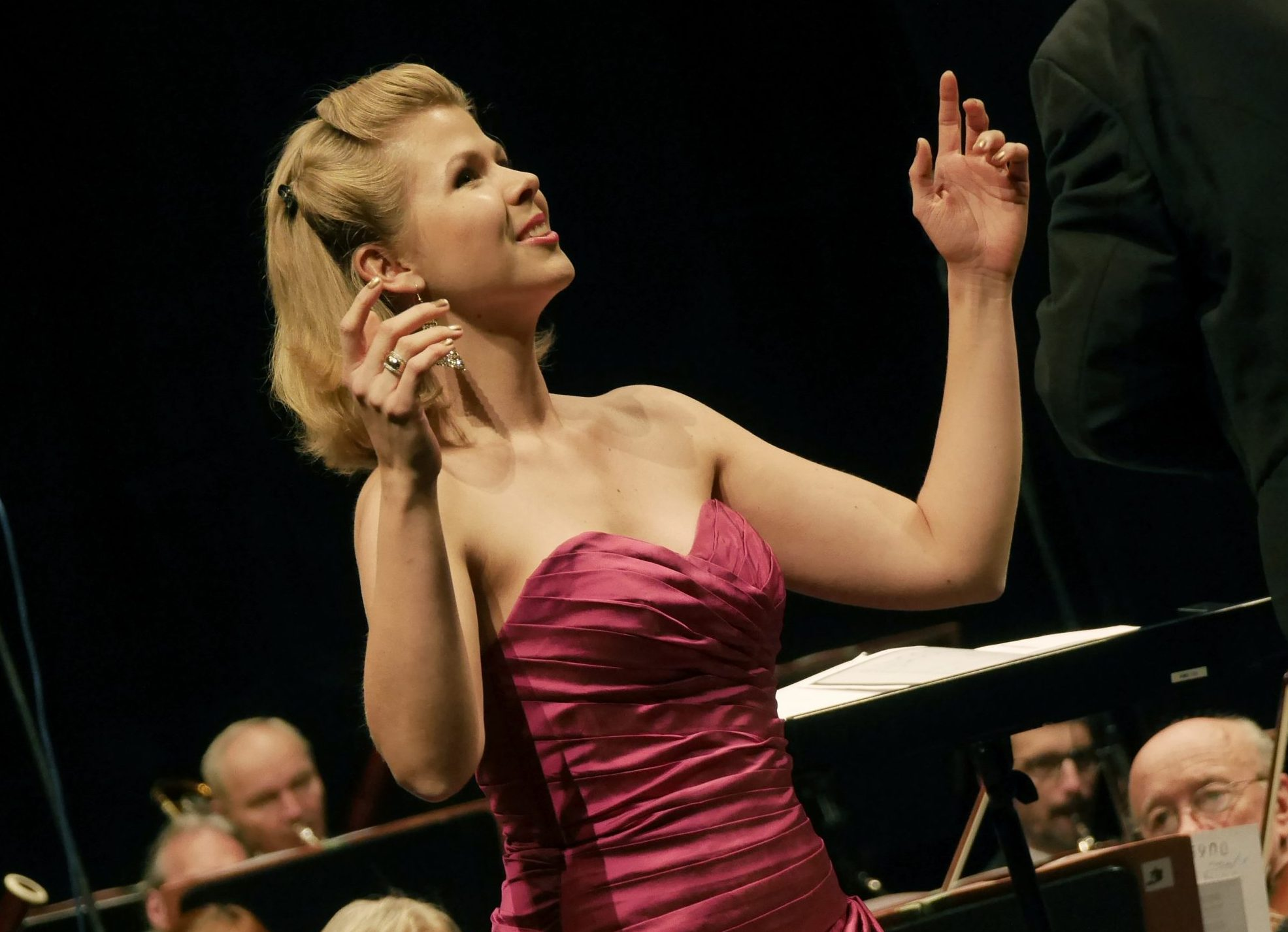 Czech soprano Lucie Kaňková starts new season with Queen of the Night and La Traviata in Odessa, Prague and Chisinau